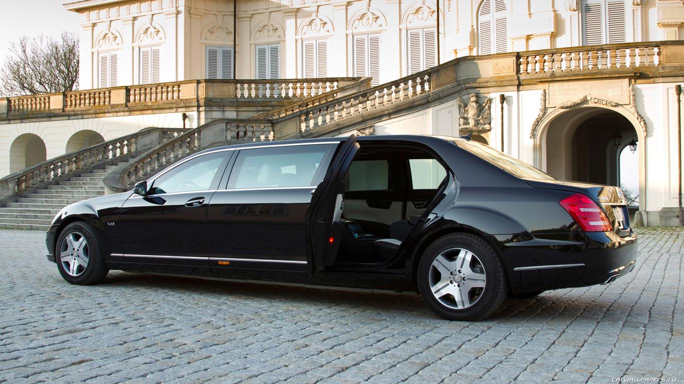 http://studioopinii.pl/wp-content/uploads/2013/07/Mercedes-Benz-S600-Pullman-Guard-2011-1366x768-005.jpg