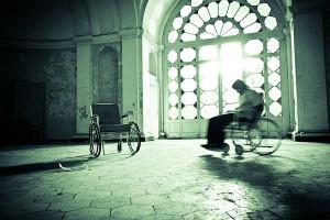 szpital_psychiatryczny_wozek_pacjent_600