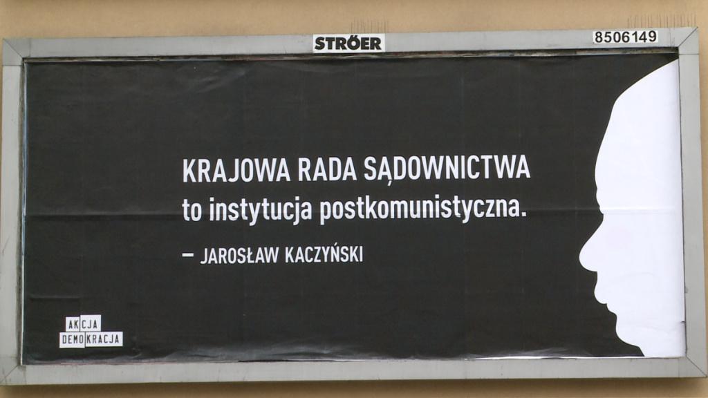 Znalezione obrazy dla zapytania billboardy sędziowie kampania
