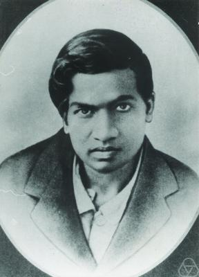 https://upload.wikimedia.org/wikipedia/commons/2/21/Srinivasa_Ramanujan_-_OPC_-_2.jpg