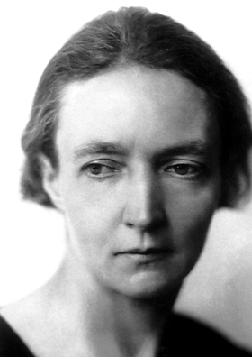 https://upload.wikimedia.org/wikipedia/commons/7/79/Joliot-curie.jpg