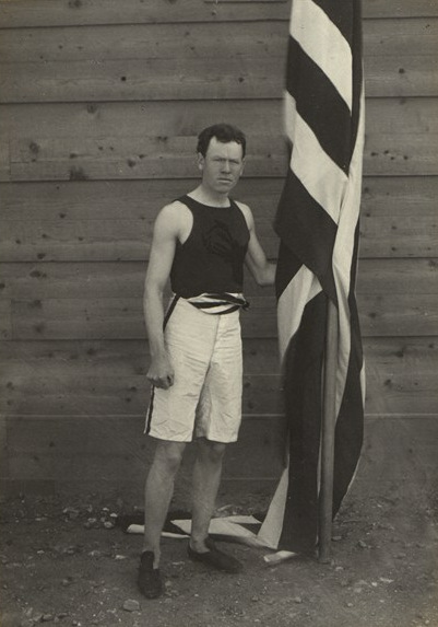 https://upload.wikimedia.org/wikipedia/commons/8/87/BASA-3K-7-422-18-1896_Summer_Olympics.jpg