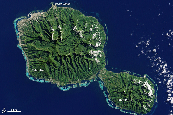 https://upload.wikimedia.org/wikipedia/commons/7/76/Tahiti%2C_French_Polynesia_-_NASA_Earth_Observatory.jpg
